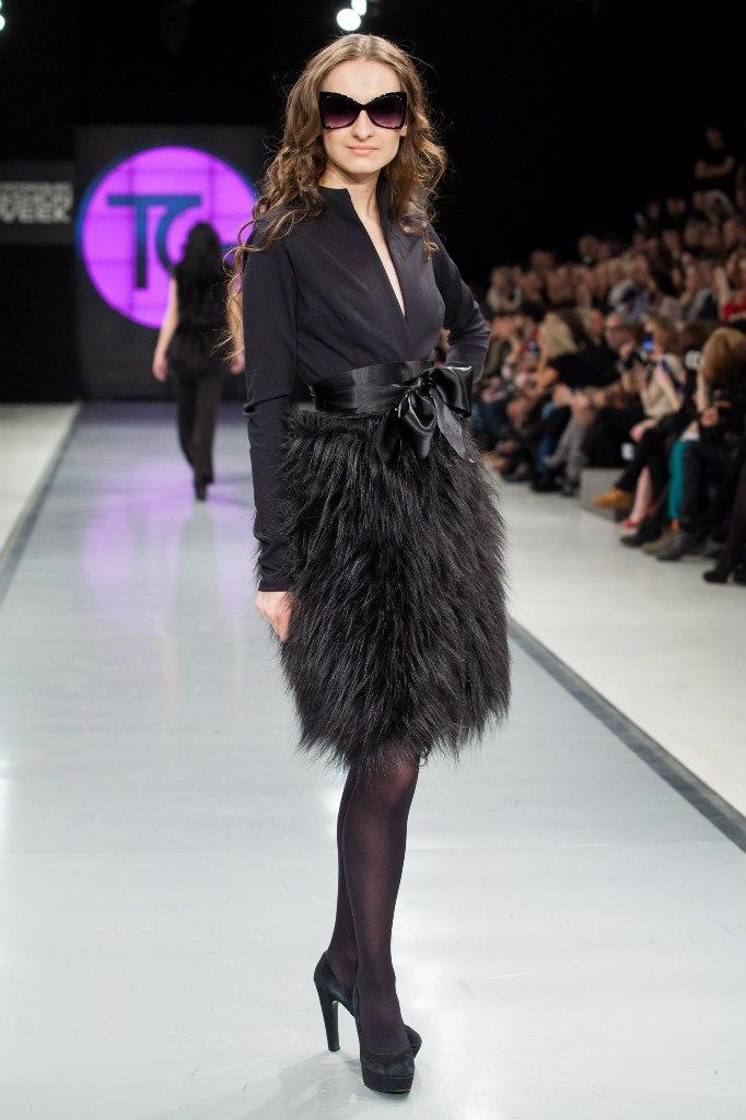 Вы просматриваете изображения у материала: Модный Дом Татьяны Гордиенко