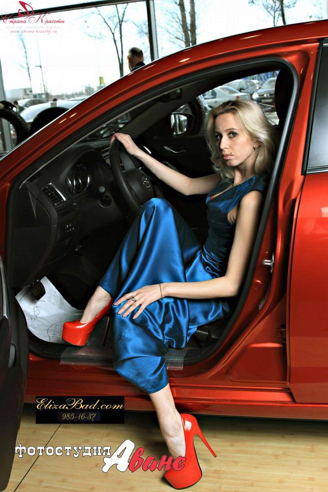 Вы просматриваете изображения у материала: ElizaBad, модельер